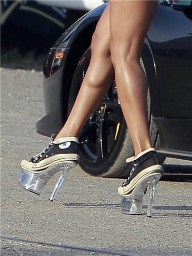今秋最流行女鞋款式
